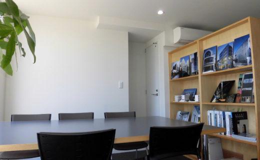 西村建設本社 1階打ち合わせ室
