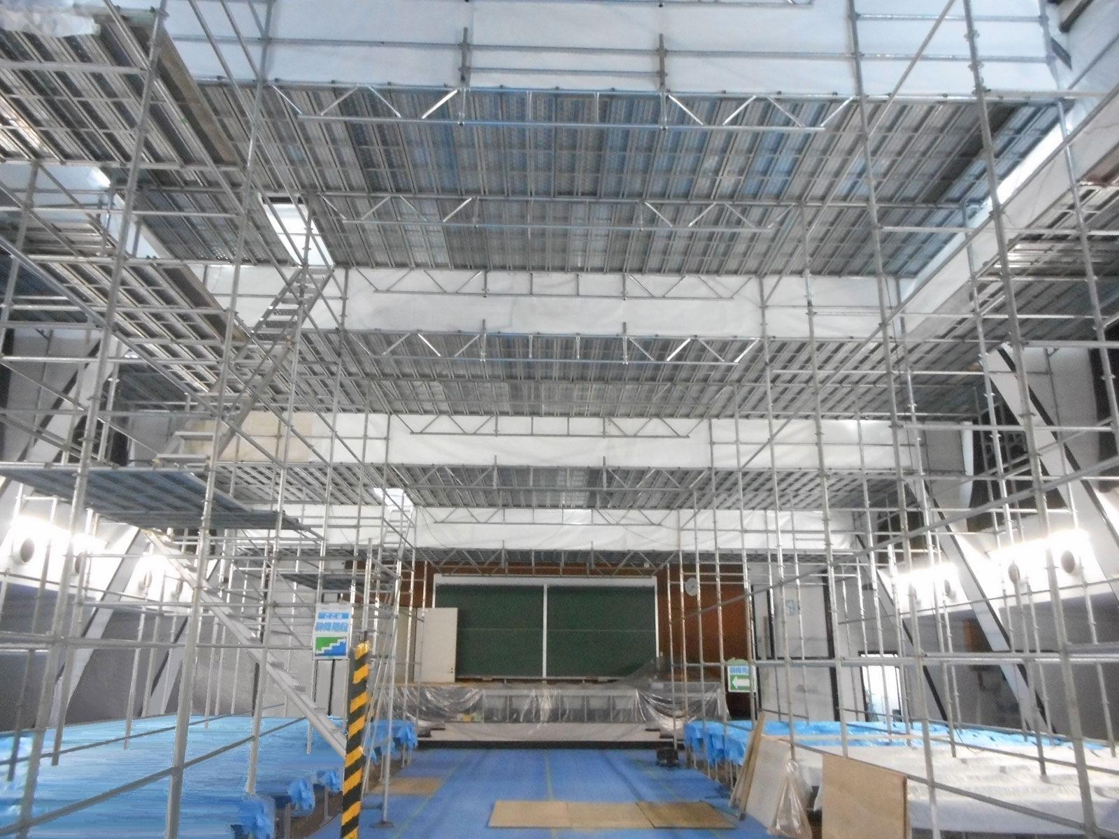 東京大学(駒場Ⅰ)講堂900番教室天井改修3